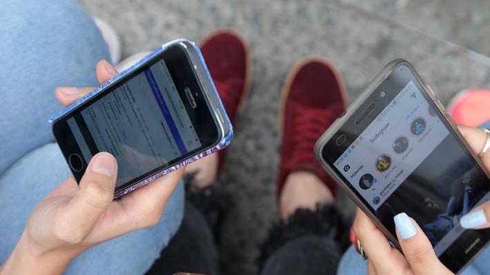 Redes sociales para menores de 12 años y adicción a Internet: Conexión no debería ser mayor a una hora diaria