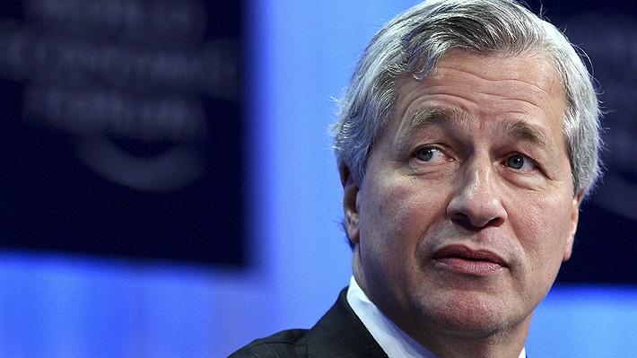 """Presidente ejecutivo de JPMorgan se arrepiente de decir que el Bitcoin era un """"fraude"""""""