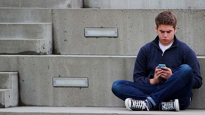 Revista británica asegura que el período de la adolescencia se extiende entre los 10 y los 24 años de edad