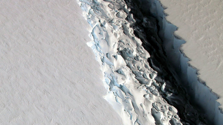 """El iceberg gigante que se desprendió de la Antártida en 2017 podría revelar una """"situación catastrófica"""" para el año 2100"""