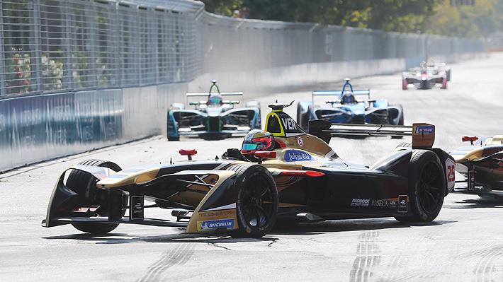 """Pilotos de la Fórmula E quedaron """"maravillados"""" con el circuito de Santiago y anhelan que la carrera vuelva a la capital"""