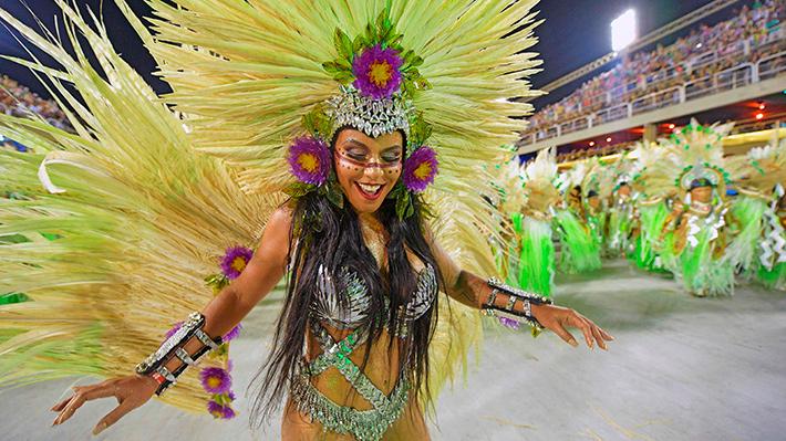 Fotos: Brasil nuevamente deslumbra con su carnaval en el sambódromo de Río