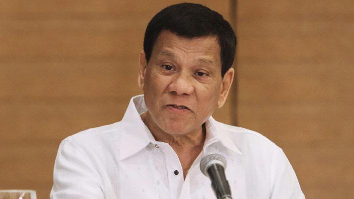 """Presidente filipino ordena disparar """"en la vagina"""" a mujeres terroristas"""