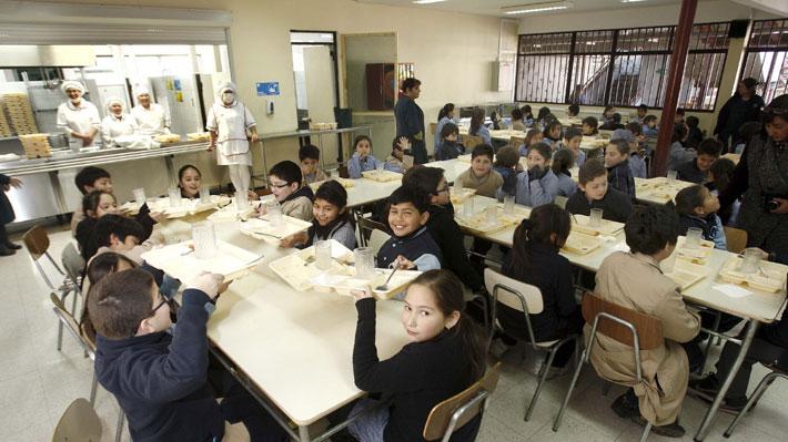 Estudio de la Junaeb revela que 10% de los niños en 1° básico presentan índices de obesidad severa