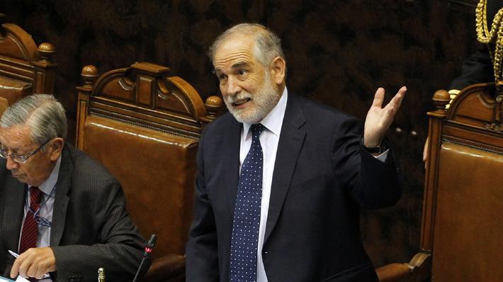 Carlos Montes liderará el senado este año y presidirá la ceremonia del cambio de mando