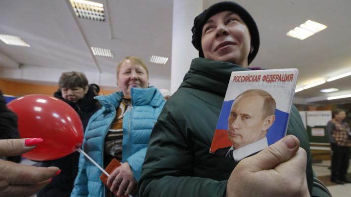 Con más de dos tercios de los votos Vladimir Putin fue reelegido como Presidente en Rusia