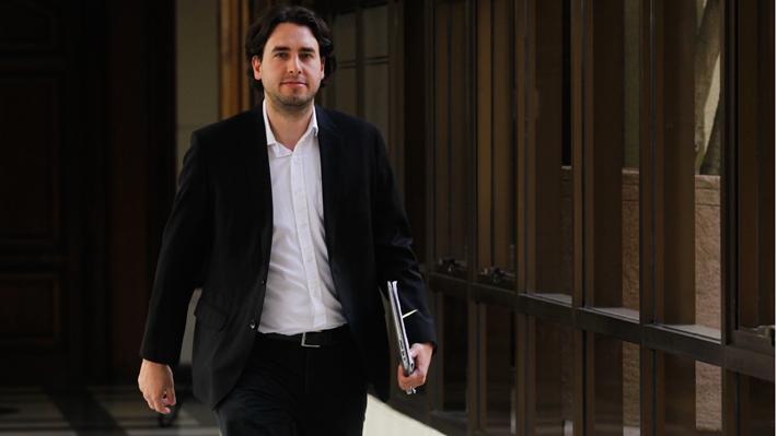 Mirosevic exige explicaciones al Gobierno por marginación del Frente Amplio en reunión por La Haya