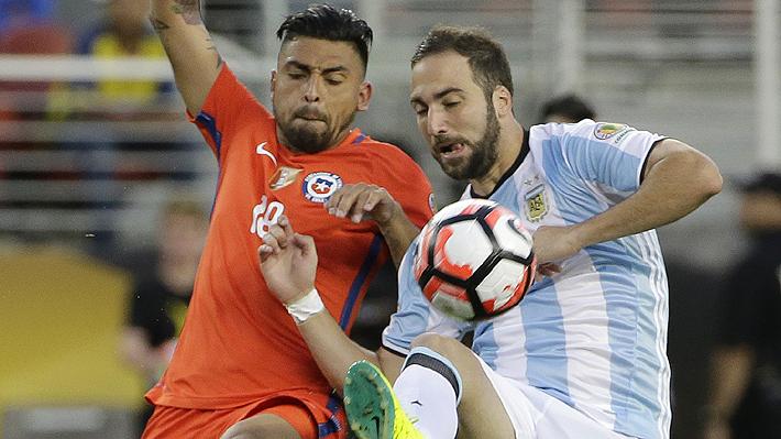 Gonzalo Higuaín admite que pensó retirarse el día que Argentina perdió la final de la Copa Centenario ante Chile