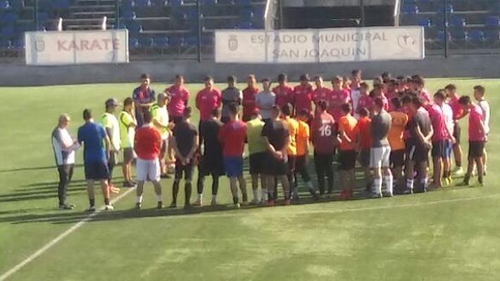 Un periodista de Emol se fue a probar al Rodelindo Román, el equipo de Arturo Vidal en Tercera División... Y así le fue