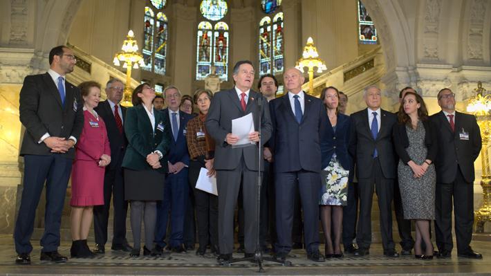 Ganadores y perdedores: El balance de la performance de la delegación chilena en La Haya