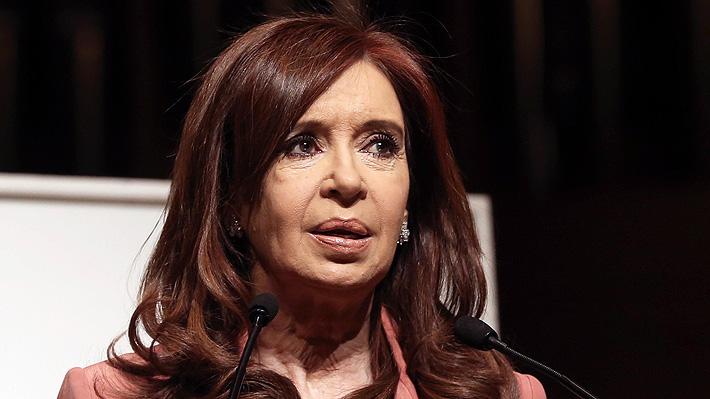 Acusan a Cristina Fernández de contratar su propio hotel para las tripulaciones de aerolínea estatal
