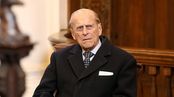 Príncipe Felipe de Edimburgo es hospitalizado para someterse a una intervención quirúrgica