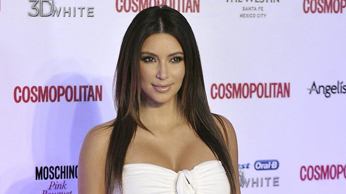 Kim Kardashian publicó una controvertida fotografía y desató un debate de género