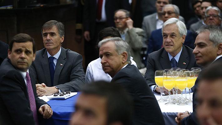 """Piñera asegura que devolverá """"el oxígeno"""" a las pymes y anuncia indicaciones a Ley de Pago Oportuno"""