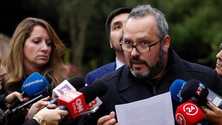 Sebastián Dávalos anuncia querellas tras ser sobreseído por cohecho en el caso Caval