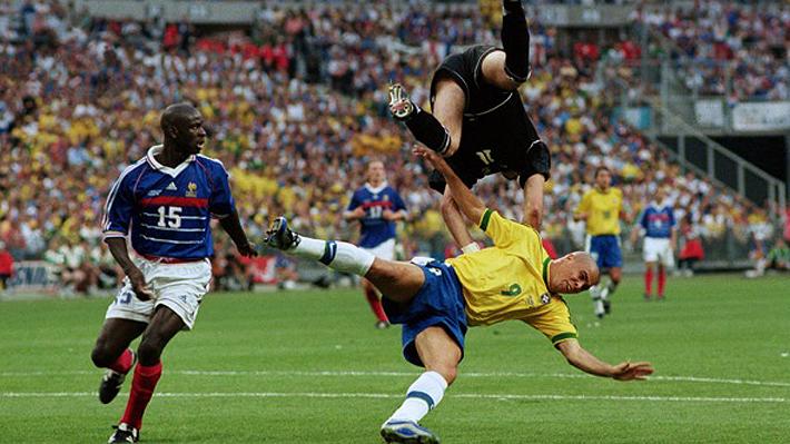 """Escándalo: Platini revela cómo Francia """"arregló"""" el Mundial de 1998 para asegurarse jugar la final contra Brasil"""