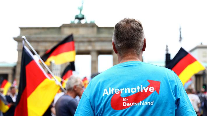 Extrema derecha y sus detractores se enfrentan en manifestaciones en Berlín