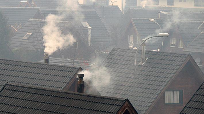 Contaminación en el sur: El fantasma que persigue a las urbes donde la leña es el principal combustible para enfrentar el frío