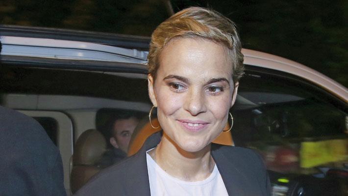 """Javiera Suárez reveló que cambiaron su tratamiento para luchar contra el cáncer: """"Sigo peleando"""""""