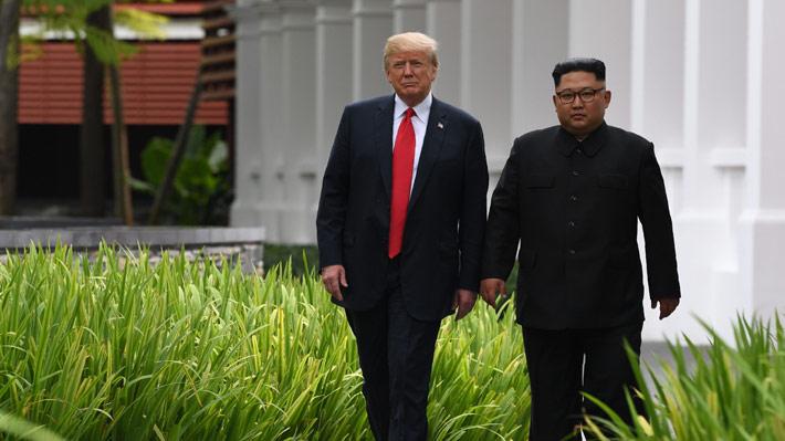 """""""Machos alfa"""" entre intentos de paridad: las señales que marcaron el inédito encuentro entre Kim y Trump"""