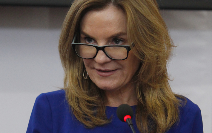 "Ministra Alejandra Pérez responde a senador Chahuán: ""A nadie se le trata así. Lo invito a conversar conmigo"""