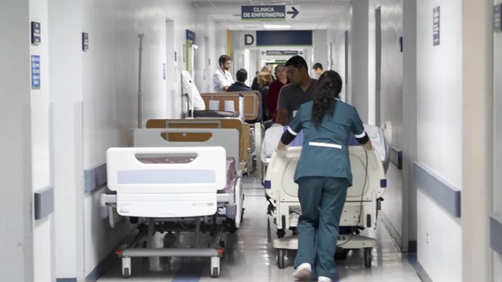 Hospitales de San Carlos, Higueras y Quellón son los únicos recintos sin médicos obstetras objetores de conciencia
