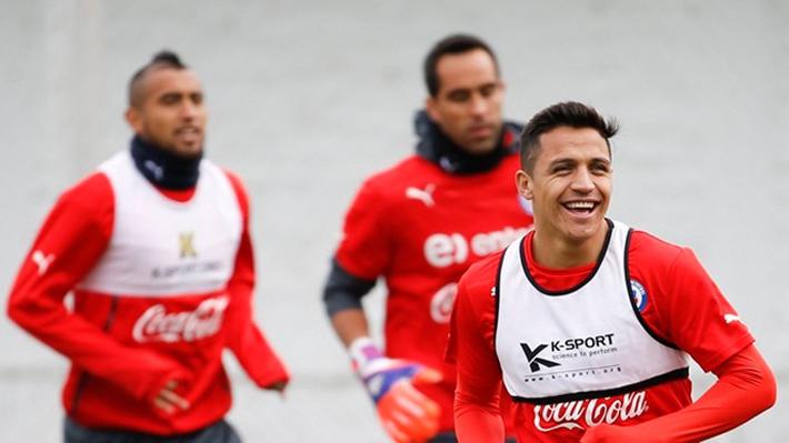"""Alexis golpea la mesa y manda fuerte mensaje a Bravo y Vidal para que se reconcilien: """"Deben pensar en el país"""""""