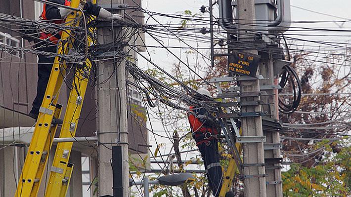 Soterramiento de cables aéreos mediante concesiones: La propuesta que une a Las Condes y Valparaíso