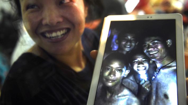 Las primeras palabras de los niños atrapados en una cueva en Tailandia