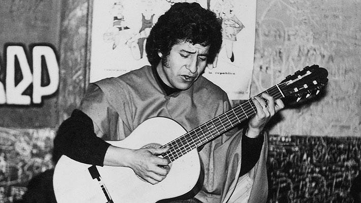 """Familia de Víctor Jara y sentencia por asesinato del cantante: """"Es una derrota importante para los que quieren negar la historia"""""""