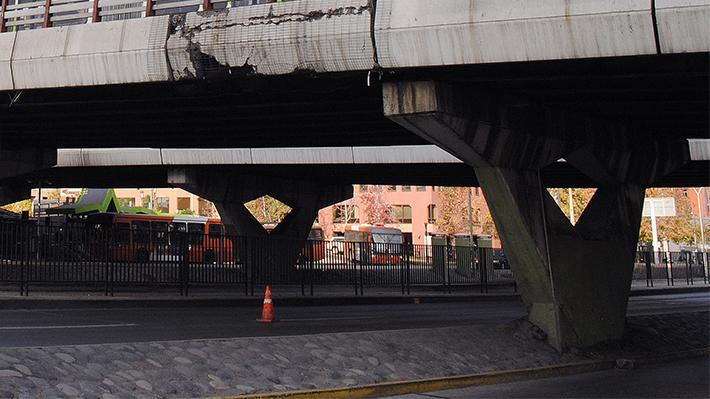 Este miércoles comienzan las reparaciones del puente Apoquindo: Revisa los desvíos de tránsito