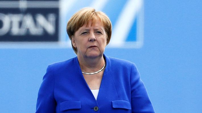 """Merkel rechaza críticas de Trump y afirma que su política es """"independiente"""""""