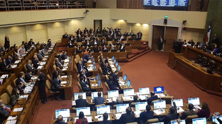 Cámara de Diputados rechaza censura de Chile Vamos a la mesa que preside Maya Fernández