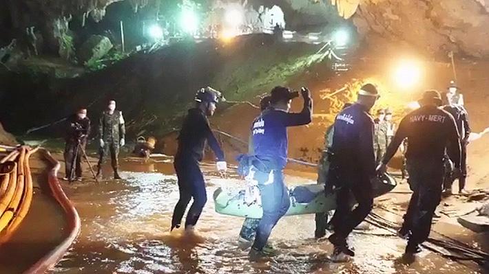 Revelan detalles del rescate en Tailandia: Niños cavaron un túnel para mantener el calor