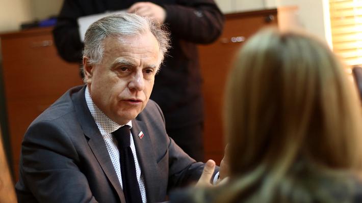 """Ministro Santelices por acciones en Sonda: """"Fueron compradas en 2017 e hice que se vendieran"""""""