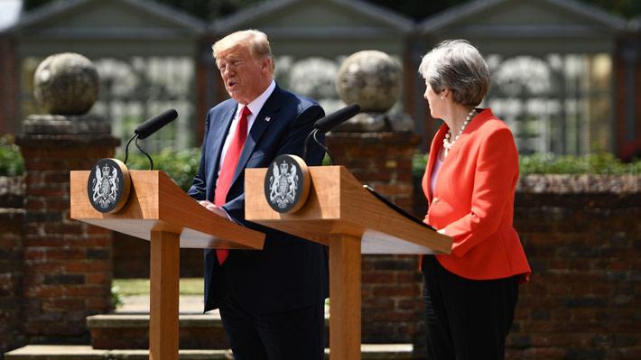 """Trump se desdice ante May de sus críticas sobre el Brexit: """"Lo que hagas, está bien"""""""