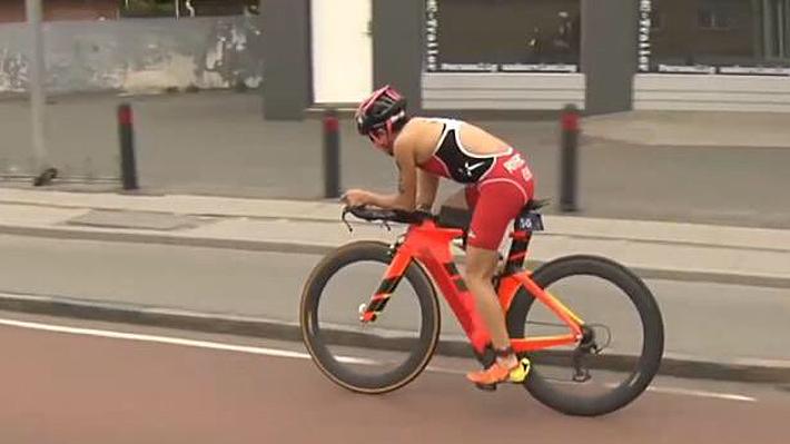 Una brillante Bárbara Riveros se luce en Dinamarca y obtiene el segundo lugar de Mundial de Triatlón