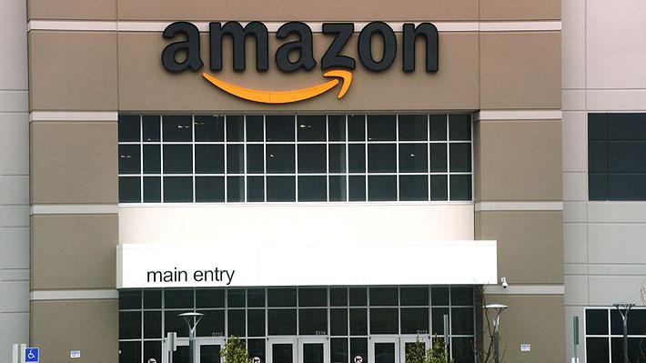 Capitalización de Amazon llegó a los US$900.000 millones: Casi cuadruplica el PIB de Chile