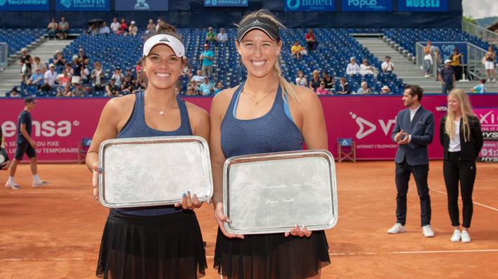 Alexa Guarachi hace historia y gana en dobles el primer título de una chilena en la WTA