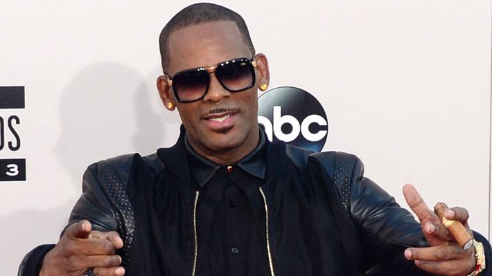 El rapero R. Kelly habla de las acusaciones por abuso sexual en su contra en una nueva canción