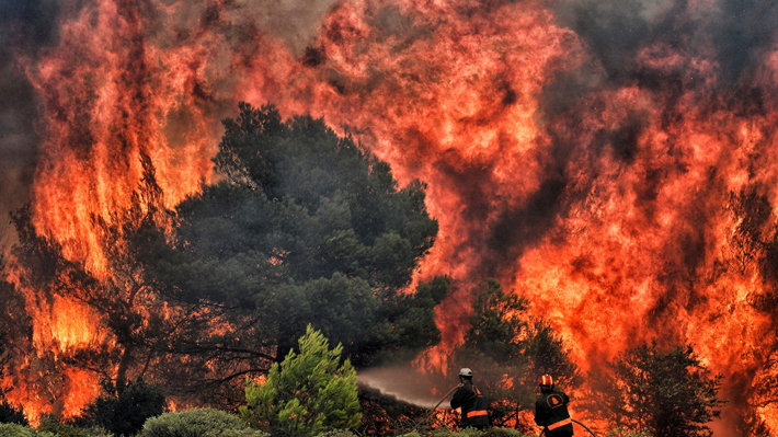 Incendios en Grecia ya dejan 79 muertos y continúan con la búsqueda de desaparecidos