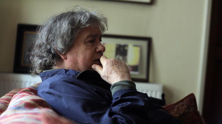 Fernando Villegas es acusado de acoso sexual y maltrato laboral por ex colegas