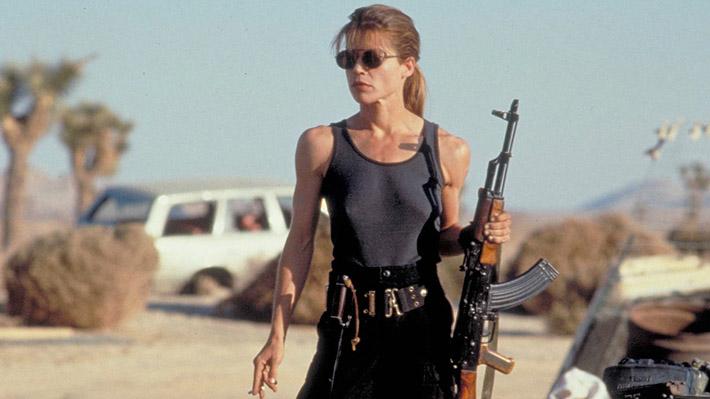 """Publican la primera foto del regreso de Linda Hamilton como Sarah Connor en la nueva """"Terminator"""""""