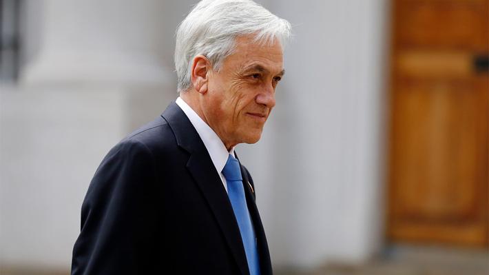 Encuesta Criteria: Aprobación de Piñera cae al 49% y desaprobación del Gobierno aumenta en nueve puntos