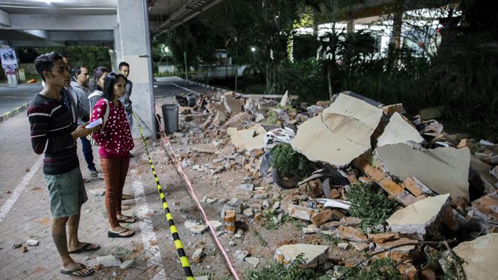 Terremoto de magnitud 7 en Indonesia deja 37 personas fallecidas