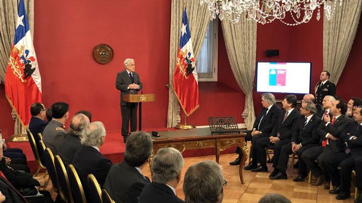 """Piñera firma indicación que deroga Ley Reservada del Cobre: """"Llegó el momento de pasar del debate a la acción"""""""
