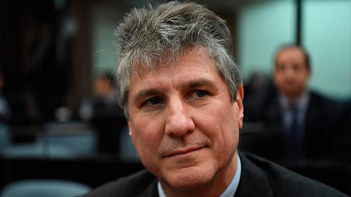 Condenan a cinco años y 10 meses de prisión a ex vicepresidente argentino por el delito de cohecho