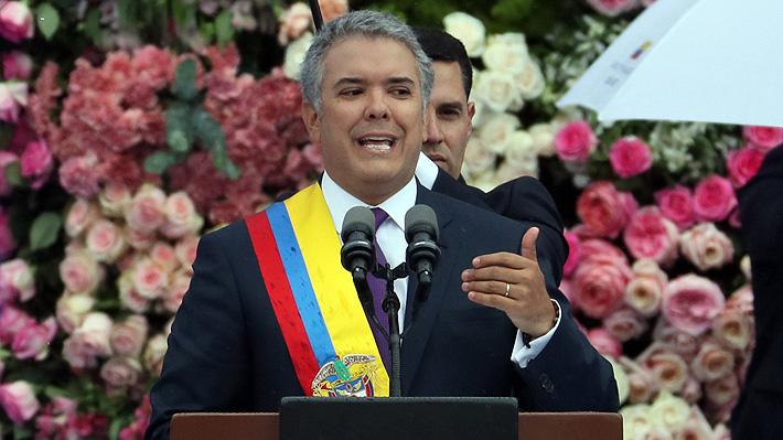 """Iván Duque jura como Presidente de Colombia y anuncia """"correcciones"""" a acuerdo con las FARC"""