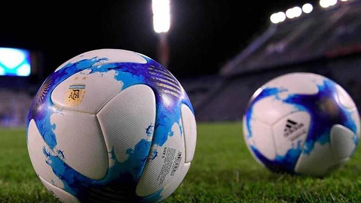 Programación de los futbolistas chilenos en la primera fecha de la Superliga argentina