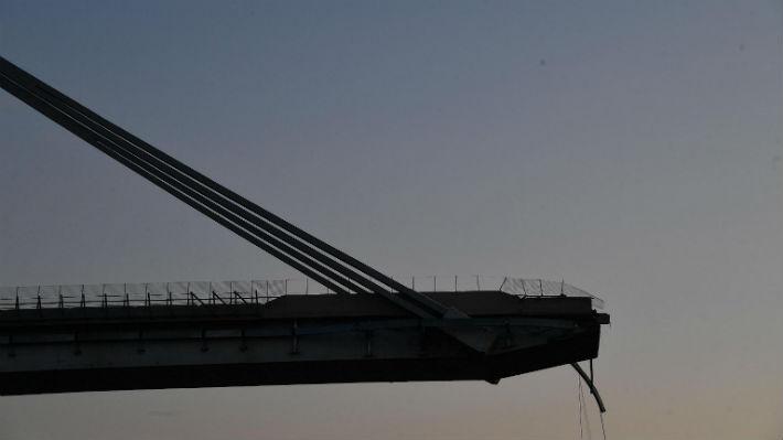 Colapso de puente en Italia: Rescatistas encuentran a tres nuevas víctimas en Génova